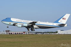 92-9000 VC-25A (747-2G4B) 89th AW - Andrews AFB, Maryland (Ashley Wallace Photography) Tags: boeing camera nikon colour lump jumbo 747 photography aviation flickr 2018 summer bluesky sunshine visit uk unitedkingdom july essex londonstanstedairport london presidenttrump donaldtrump president usa maryland andrewsafb 89thairwing presidentialairliftsquadron airforceone vc25a unitedstatesairforce unitedstatesofamerica