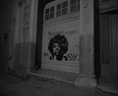 Havana @ Night (IV2K) Tags: havana habana lahabana cuba cuban kuba caribbean night nightphotography longexposure mamiya mamiya7 mamiya7ii kodaktrix kodak kodakfilm trix d76 selfdeveloped kodakd76 bw blackandwhite jimihendrix hendrix graffiti