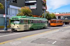 À proximité de Fisherman's Wharf se trouve le terminus des lignes E et F. Elles sont toutes les deux exploitées par des vieux tramways, ici une PCC de San Francisco sur la E et une Peter Witt de Milan sur la F. (thomas_chaffaut) Tags: usa california sanfrancisco sfmta sftru muni fishermanswharf pcc peterwitt milano tram tramway streetcar strasenbahn streetsofourworld transport instatransport kingsvehicles kingstransports igtramway tvtransport igerssf discover neverstopexploring travel holidays