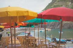 Summer (sonia.sanre) Tags: cinqueterre umbrella colours italy vernazza harbour verano summer