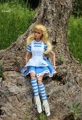 Alice in wonderland (saratiz) Tags: aliceinwonderland flowers disney poppyparker tothefair blond grass cartoon fable
