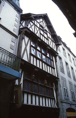 Timber-framed House, Morlaix (demeeschter) Tags: france bretagne morlaix river city town boat yacht harbour harbor building museum heritage historical