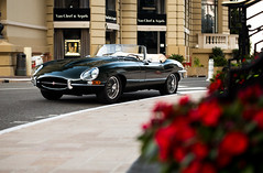 Immaculate E-type roadster (Aimery Dutheil photography) Tags: jaguar jaguaretype etyperoadster etype jag straight6 british supercar monaco monacocars monacosupercars exotic fast speed amazing canon 6d