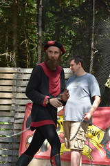 Judas and Magnolia Escape Artist (Adventurer Dustin Holmes) Tags: 2018 judasandmagnolia judasmagnolia escapeartist performer performance judas people man human male whitehart renaissancefaire renaissancefair hartvillemo hartvillemissouri wrightcounty event events renaissancefestival daringescapes handcuffed