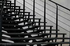 Serie Formas y Contraluces (The Photofan) Tags: formas escaleras contrastes arquitecturas geometria contraluz lineas paralelas