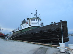 IMG_7940 (clare_and_ben) Tags: 2018 wisconsin doorcounty sturgeonbay boat tugboat