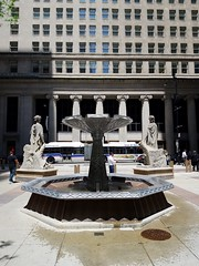 Fountain, Goddesses, and a Bus (trainphotoz) Tags: boardoftrade chicagoboardoftrade cta ctabus chicagotransitauthority
