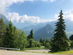 (Paolo Cozzarizza) Tags: italia lombardia bergamo colere panorama alberi cielo strada prato