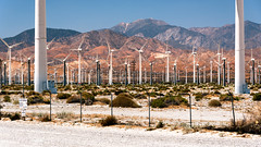 Wind Power (Torsten Reimer) Tags: berge palmsprings usa windrad unitedstatesofamerica desert northamerica zaun himmel mountains sky windmill hills california windturbine fence unitedstates us wind sangorgoniopasswindfarm