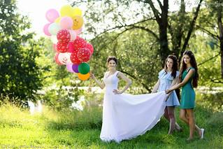 Bride with bridesmades (7969) Невеста с подружками