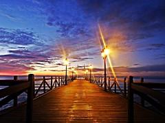 Amaneciendo (Antonio Chacon) Tags: andalucia amanecer agua marbella málaga mar mediterráneo costadelsol cielo españa spain sunrise
