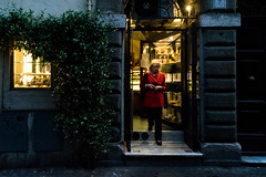 all roads lead to Rome 32/33 (Giorgos Voulgaris) Tags: nikon d5300 color candid digital street streetphotography red coat lady shop night