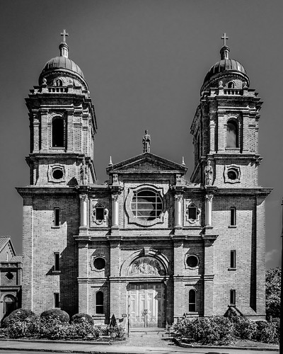 Front of Basilica of St. Lawrence