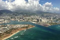 Hawaii (Splatito8127) Tags: harbor cityscape urban city mountains volcano clouds honolulu pearlharbor island plane window iphone tropical beach waves pacificocean oahu airplane green aerial flying travel hawaii