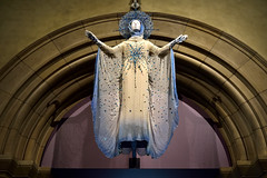 Angelic Archway (Eddie C3) Tags: religion fashion museums romancatholicism textile metropolitanmuseumofart heavenlybodiesfashionandthecatholicimagination history