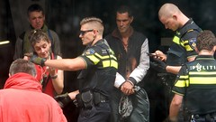 3 (Eddy Allart) Tags: krakers ontruiming correct correctpand bergweg politie arrestatie arrest squatters eviction holland dutch people journalism rotterdam