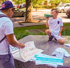 2018.06.30 WhiteCoats4FamiliesBelongTogether, Washington, DC USA 04222