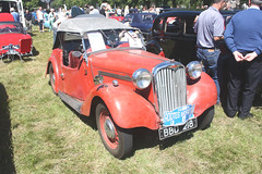 1939 Singer Nine Roadster. (Yesteryear-Automotive) Tags: singer nine roadster open tourer moffat classic car show 2018 bbd218