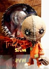 2017-Trick or Treat's Sam Doll at SDCC-01 (David Cummings62) Tags: 2017 sandiego ca calif california comiccon con davidcummings davecummings photos trickortreat movie samdoll doll horror