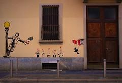 Gran parte del carattere di ogni uomo può essere letto nella sua casa. ( J. Ruskin) (ornella sartore) Tags: street art murales porta finestra colori allaperto particolari cuori