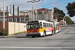 MUNI Nr. 7031 Van Ness Ave & North Point St (Bus und Bahn by SF) Tags: sanfrancisco muni trolleybus oberleitungsbus obus filobus newflyer e60 generalelectric