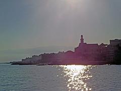 18063000933battello (coundown) Tags: genova battello porco panorama scorci barca barche navi lanterna spiagge viste boccadasse pilota pilot