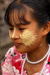 11-10-03 Myanmar (1294) R01 (Nikobo3) Tags: asia myanmar birmania burma amarapura monywa culturas color people gentes portraits retratos travel viajes nikon nikond200 d200 nikon7020028vrii nikobo joségarcíacobo
