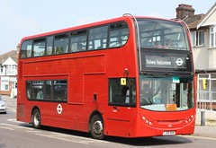 20180528 - 8722 - Sullivan Buses - Enviro 400 - No E40 - Route TfL Rail Replacement Service (Shenfield to Newbury Park) - South Street - Romford (Paul A Weston) Tags: e40 sullivanbus enviro400 routetflrailreplacementservice shenfieldtonewburypark romford southstreetbyoldchurchroad