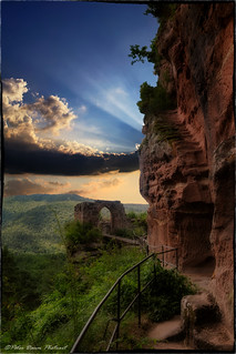 Mystik Castle