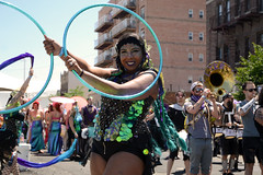 Mermaid Parade 2018 (Samicorn) Tags: nikon brooklyn mermaid costume parade summer june nyc newyorkcity boardwalk coneyisland sunny festival glitter shiny gothamist mermaidparade brokelyn dancers hoolahoops timeout