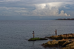 Havana (Hemo Kerem) Tags: cuba havana oldhavana street travel vacation people malecon fisherman portrait canonfd24mmf28 canonfd manualfocus mf canon fd sony sonynex6 nex