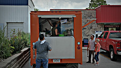 El Buen Mexicano Taco Truck in Clive, Iowa (Tyrgyzistan) Tags: desmoines cliveiowa westernsuburbs centraliowa polkcounty iowafood iowamexican trendyfoodtruck tacos tacotruck mexicanfood