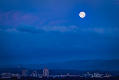 June Moon In Dawn's Early Light Roanoke (Terry Aldhizer) Tags: june moon first light morning early roanoke valley blue ridge mountains sky city buildings twilight summer terry aldhizer wwwterryaldhizercom