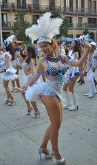 Carnaval de verano Unidos de Barcelona (Cíclope0) Tags: carnaval carnival carnevale street calle dance baile retrato portrait