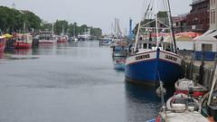 Warnemünde (krutzimuc) Tags: outdoor ostsee freizeit schiffe boot hansestadt mecklenburgvorpommern meer germany deutschland wasser urlaub gebäude leuchtturm