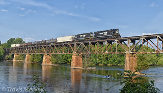 NS P83 crossing over the Catawba River