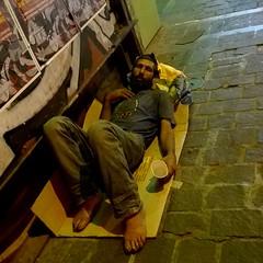 Homeless (BarbaraBonanno BNNRRB) Tags: homeless athens greciagreece greek grèce греция يونان ギリシャ grecia greece socialandhuman barbarabonanno bonannobarbara bybarbarabonanno bnnrrb foto photo