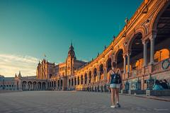 Place d'Espagne ( Séville ) (vanregemoorter) Tags: coulour city cityscape people place sévilla personnes ciel bâtiment route architecture