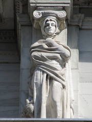 Mysterious Woman Dame Winter Caryatid NYC 5434 (Brechtbug) Tags: stone ladies courthouse roof statues across from madison square park new york city caryatid atlantid 2018 nyc 07152018 art architecture gargoyle gargoyles statue sculpture sculptures facade figures column columns court house law government building lady women woman figure form far east buildings mysterious dame winter seasons