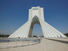 071S Teheran (Sergio & Gabriella) Tags: iran persia teheran