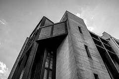 pasloin (YassChaf) Tags: paris city immeuble batiment ville urban urbain architecture archi building blackandwhite noiretblanc nb bw
