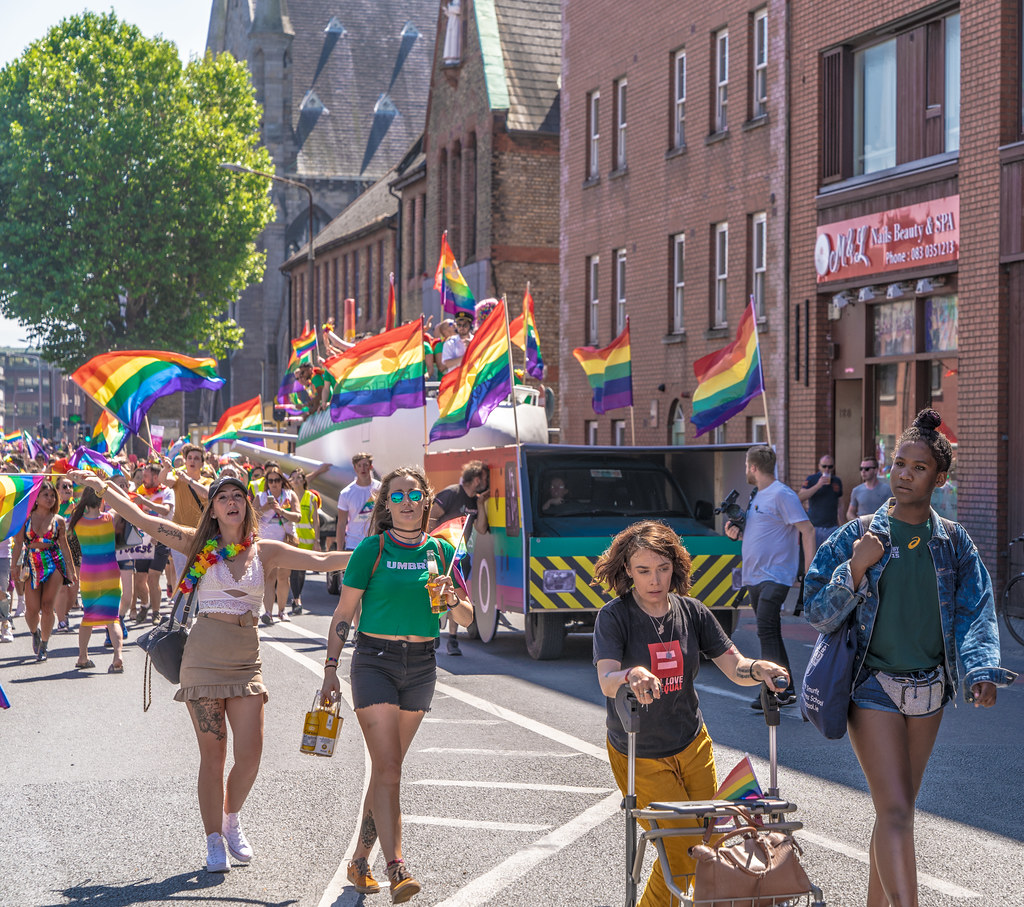 ABOUT SIXTY THOUSAND TOOK PART IN THE DUBLIN LGBTI+ PARADE TODAY[ SATURDAY 30 JUNE 2018]-141747