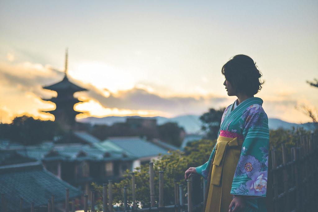 walking around kyoto in kimono-1-46