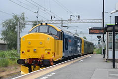 DRS 37409 and 975205 @ Rugeley Trent Valley (ianjpoole) Tags: direct rail services class 37 tractor 37409 lord hinton saloon 975025 caroline working 2z02 oxford crewe