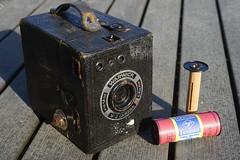 Warwick no.2 (René Maly) Tags: renémaly warwick foundfilm boxcamera box camera camerawiki 120 rolfilm rollfilm agfa isopan isopanss