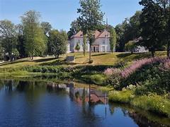 Reflecting the Manor House - Eidsvoll, Norway (befredag) Tags: akershus norway