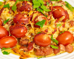 Sunday breakfast. Bacon and sausage bake. (garydlum) Tags: cooncheese parmesan blackpepper streakybacon srirachasauce sichuan sichuanseasoning tomatoes strasburgsausage parsley cheese bacon canberra australiancapitalterritory australia au