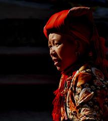 Lumière du soir (Christian Mathis) Tags: vietnam sapa dao dzao ethnie minorité rouge