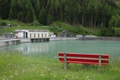 Suisse (Valais) - Barrage hydroélectrique (fred.weg) Tags: barrage banc bench swiss suisse valais orsières lac hydroélectrique lake hydroelectric montagne mountain alpes fredericwegnez
