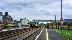 150257 (yarismanlps) Tags: 150257 burryport class150 dmu bridge people platform railway station